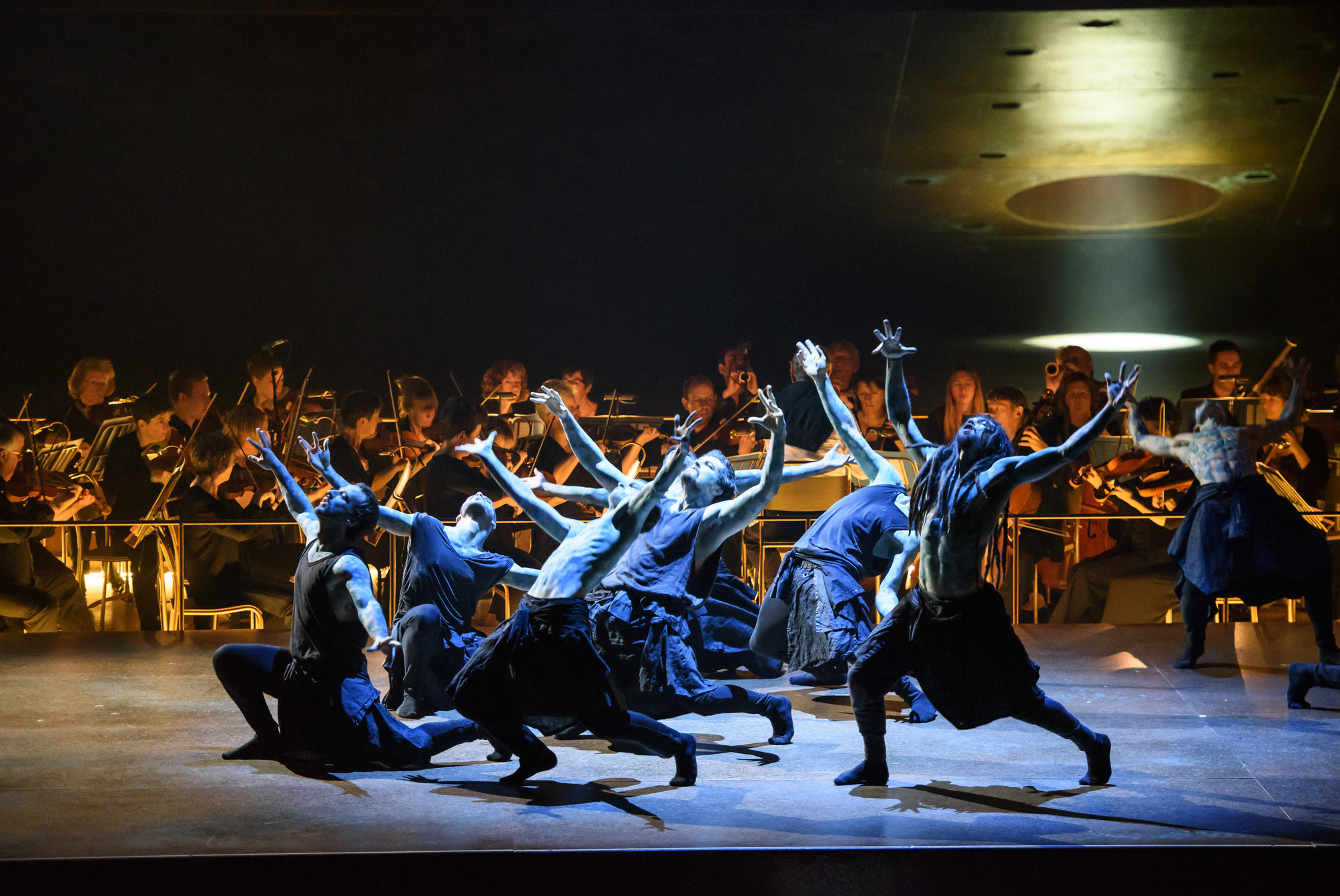 Orphee Et Eurydice Stage Rehearsal Roh;director; John Fulljames,choreography; Hofesh Shechter,performers,conductor; John Eliot Gardiner,orphee; Juan Diego Florez,eurydice; Lucy Crowe,amour; Amanda Forsythe,dancers; Hofesh Shechter Company, Chor